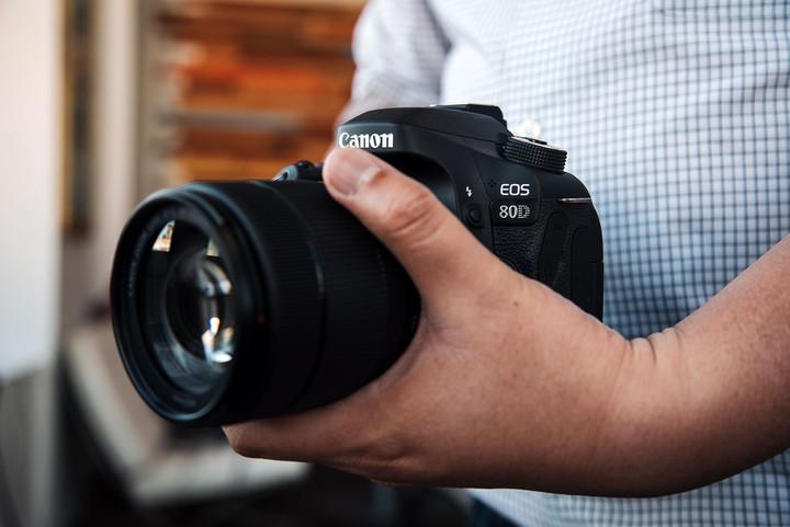 00242424c Qual Câmera Fotográfica Comprar? DSLR ou Câmera Compacta?